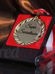 Złoty medal z etui PREZENT na DZIEŃ MATKI dla MAMY